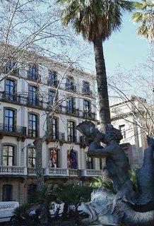 Hotel Medinaceli Außenaufnahme