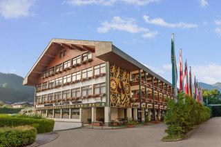 Hotel Alpenland Sporthotel St. Johann Außenaufnahme
