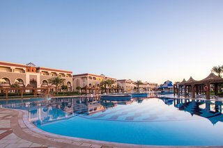 Hotel SENTIDO Mamlouk Palace Resort Pool