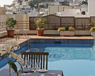 Hotel Royal Plaza Pool