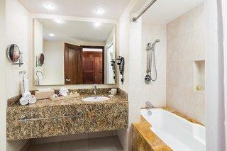 Hotel Bluebay Grand Esmeralda Badezimmer