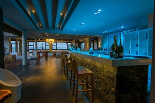 Hotel COOEE Solana Beach Bar