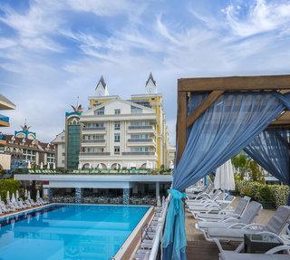 Hotel Dream World Resort & Spa Pool