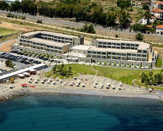 Hotel Aregai Marina Hotel & Residence Außenaufnahme