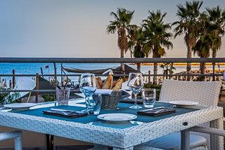 Hotel Aregai Marina Hotel & Residence Restaurant