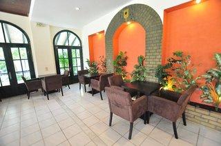 Hotel Acharavi Garden Restaurant
