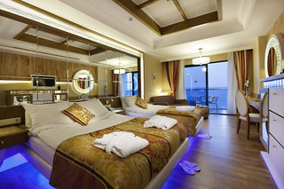 Hotel Granada Luxury Okurcalar Wohnbeispiel