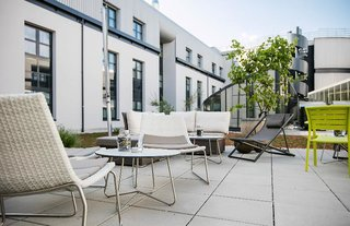Hotel Arcotel Donauzentrum Terasse