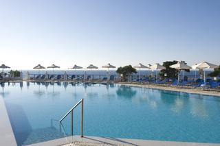 Hotel Maritimo Beach Pool