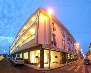 Hotel Apulia Praia Außenaufnahme