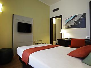 Hotel Mercure Angioino Napoli Centro Wohnbeispiel