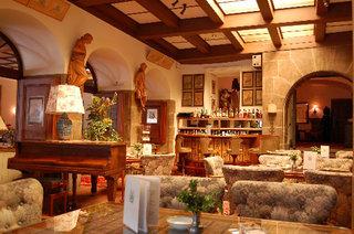 Hotel Eisenhut Bar