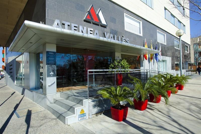Atenea Valles Aparthotel