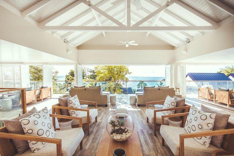 Carana Beach Hotel - 7 Popup navigation