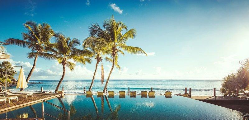 Carana Beach Hotel - 12 Popup navigation