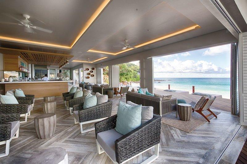 Carana Beach Hotel - 13 Popup navigation
