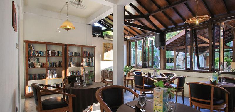 Kuta Lagoon Resort and Pool Villas Bar