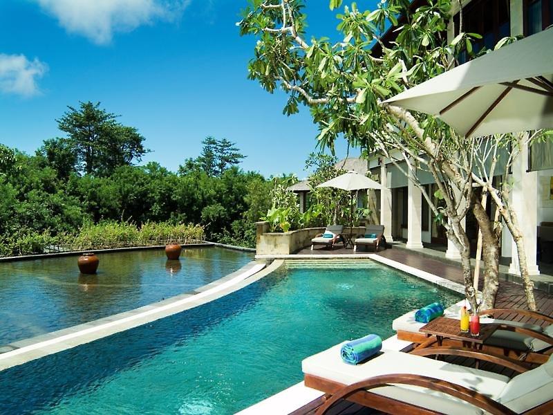 Gending Kedis Jimbaran Bay Bali Luxury Villas Pool