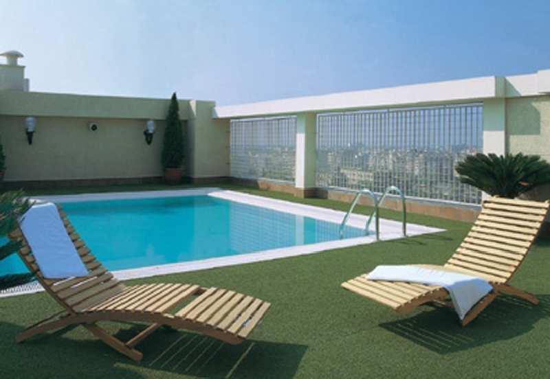 Hotel NH Valencia CenterPool
