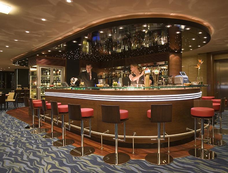 Novotel Budapest Danube Bar