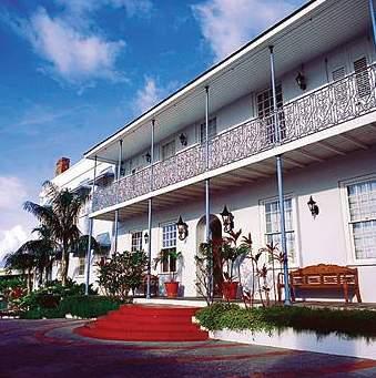 Savannah Beach Hotel Außenaufnahme