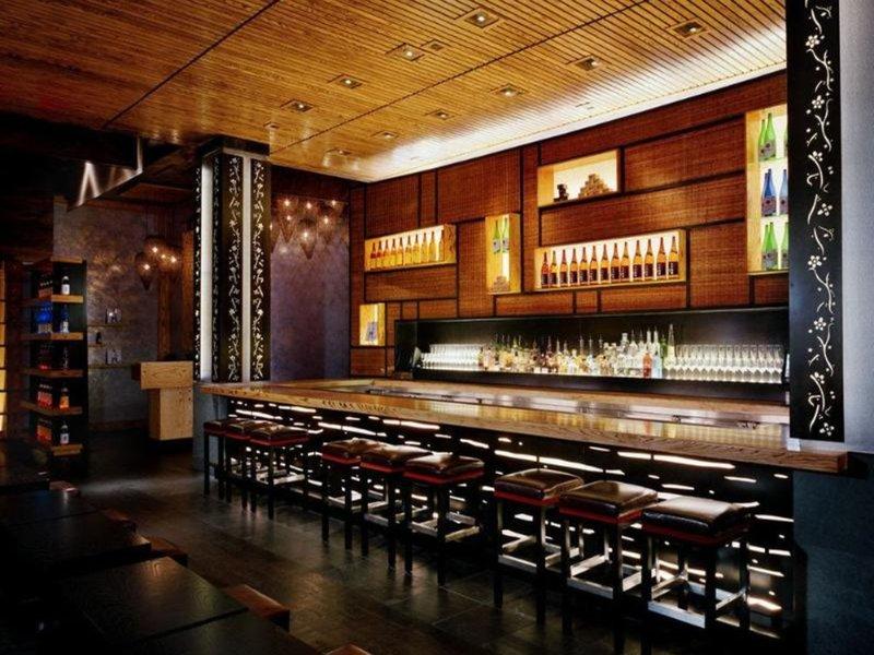 Crescent Court Bar
