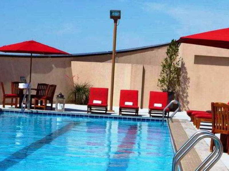 Renaissance Dallas Hotel Pool