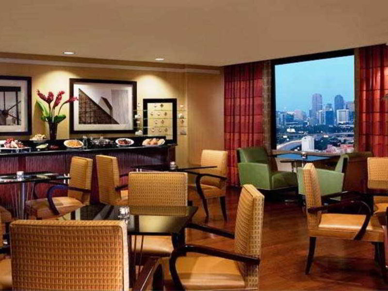 Renaissance Dallas Hotel Restaurant