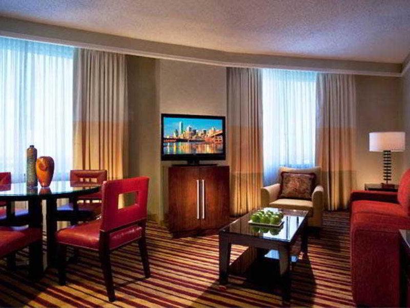 Renaissance Dallas Hotel Wohnbeispiel