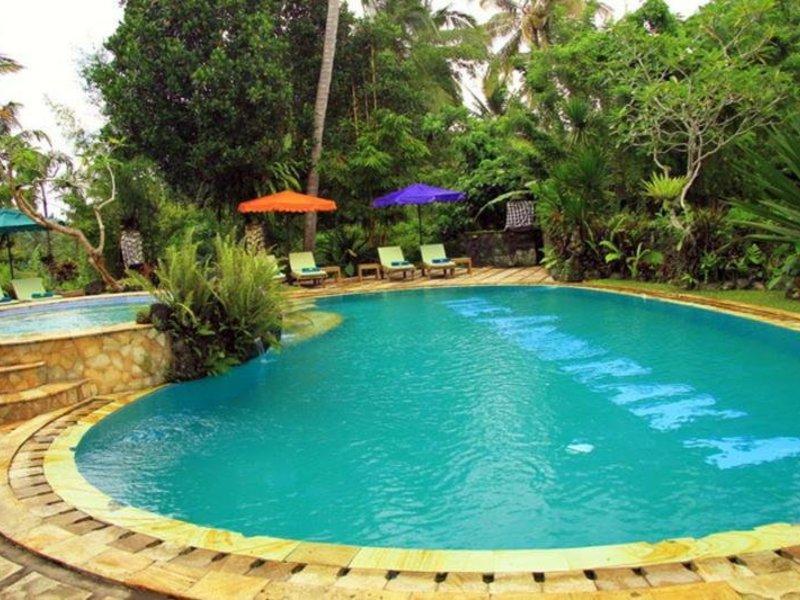 Anini Raka Resort & Spa Pool