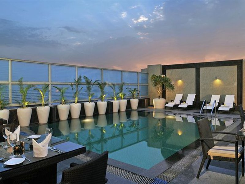Country Inn & Suites by Carlson Gurgaon Sector 12 Pool