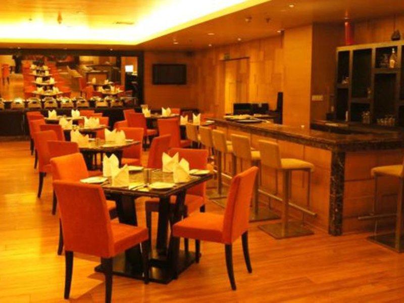 Svelte Hotel & Suites Restaurant