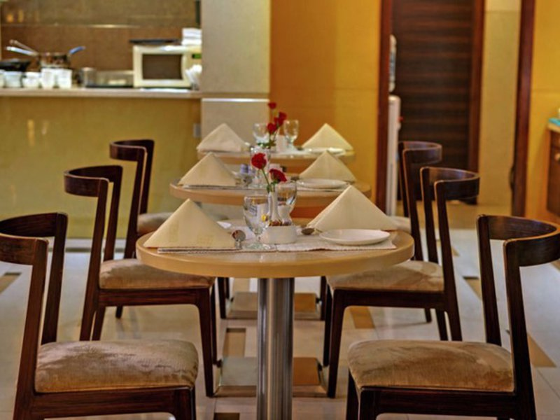 Grand Residency Hotel & Serviced Apartments Restaurant