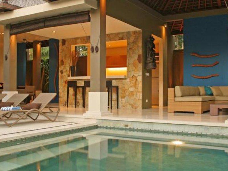 Ahimsa Beach Resort Hallenbad
