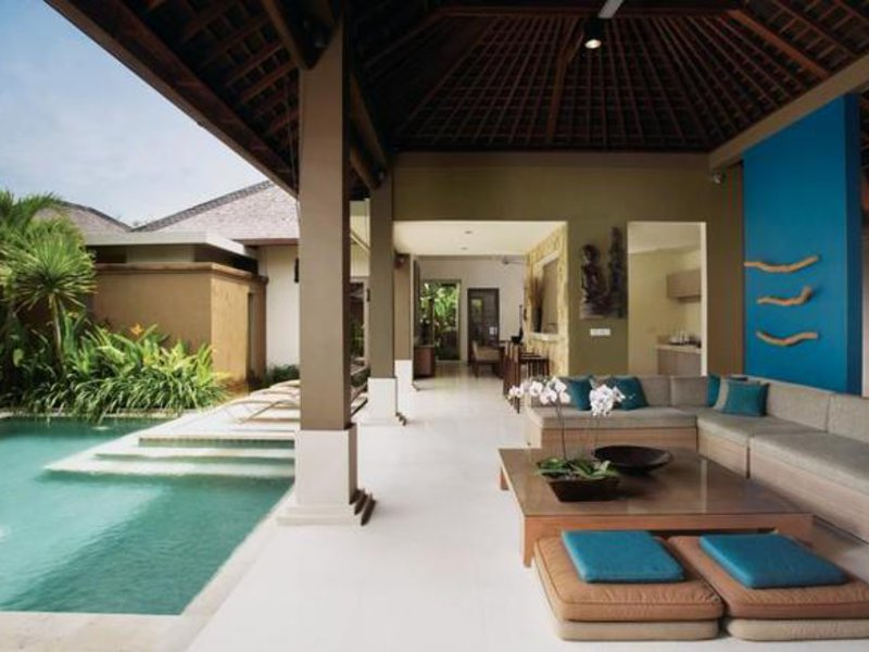 Ahimsa Beach Resort Pool