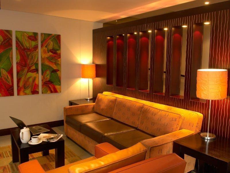 Peermont Metcourt Inn at The Grand Palm Resort Wohnbeispiel