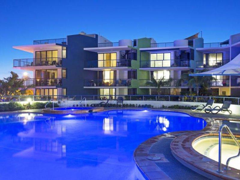 BreakFree Grand Pacific Resort Pool