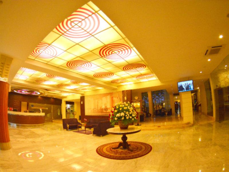 Savoy Homann Bidakara Hotel Lounge/Empfang