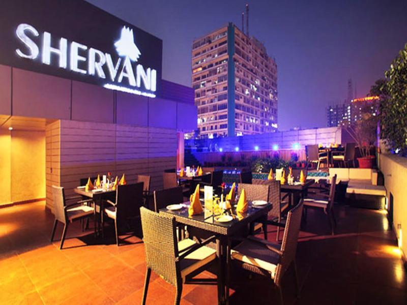 Shervani Nehru Place Terrasse