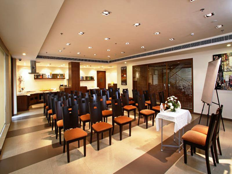 Shervani Nehru Place Konferenzraum