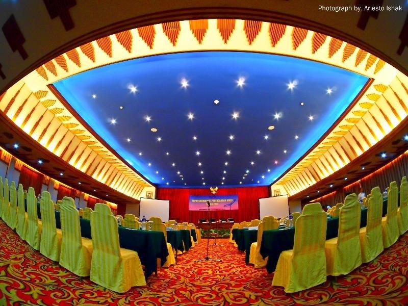 Savoy Homann Bidakara Hotel Konferenzraum