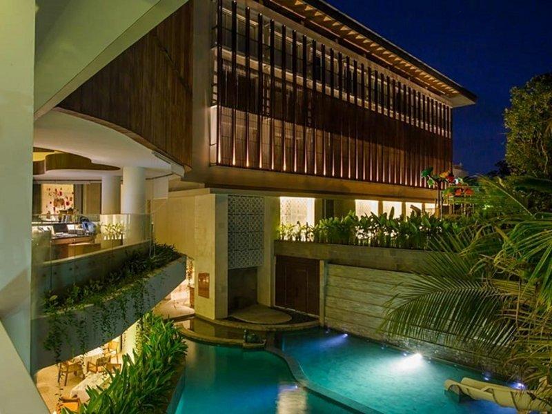 Bali Paragon Resort Hotel Außenaufnahme