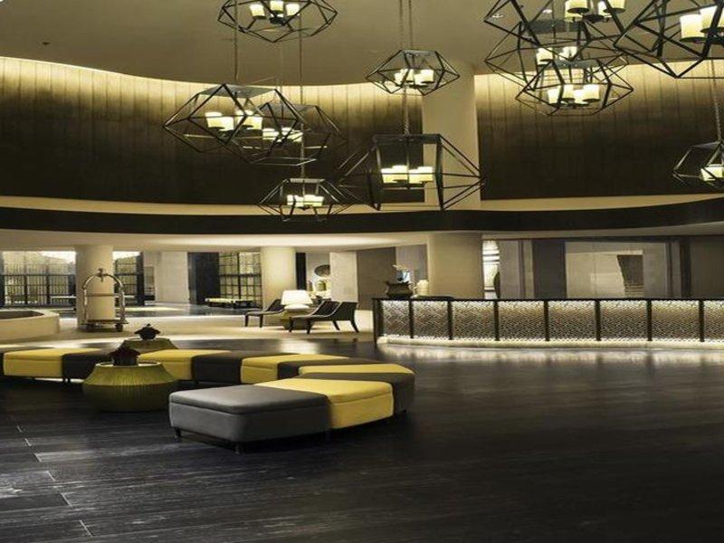 Bali Paragon Resort Hotel Lounge/Empfang