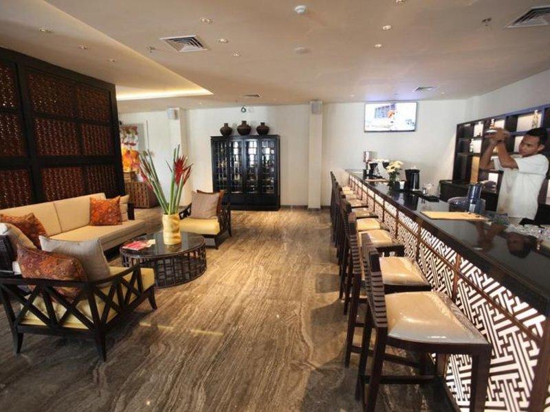 Bali Paragon Resort Hotel Bar