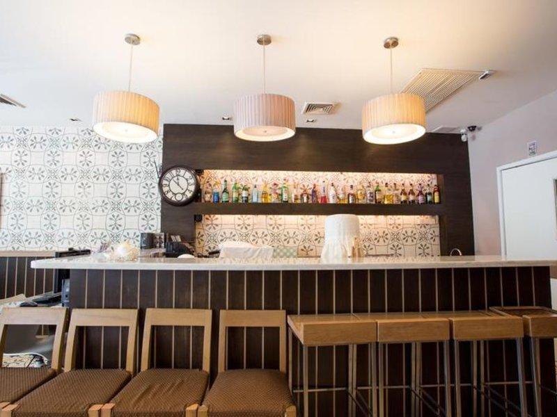 Aphrodite Inn Bangkok Bar