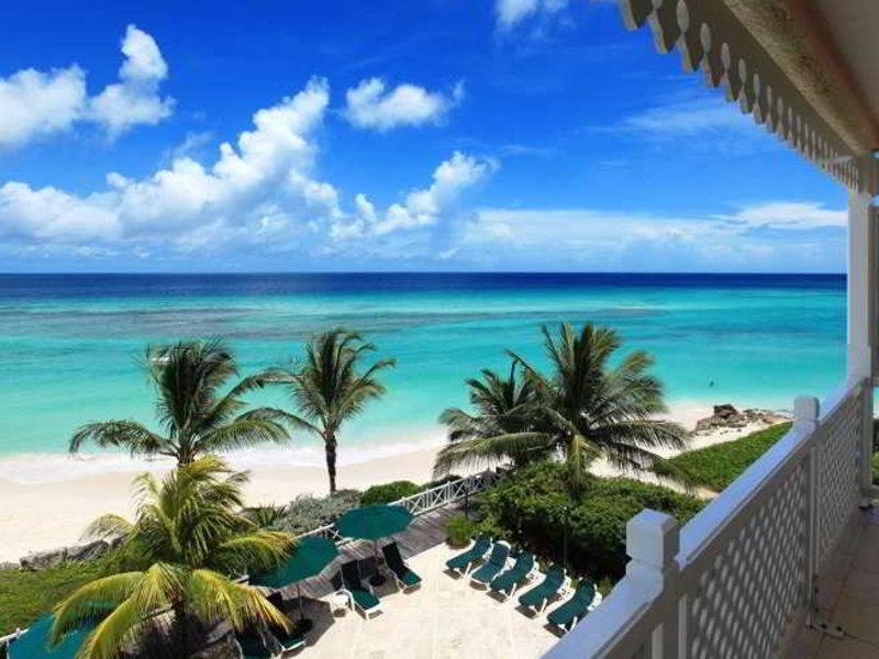 Coral Sands Beach Resort Strand