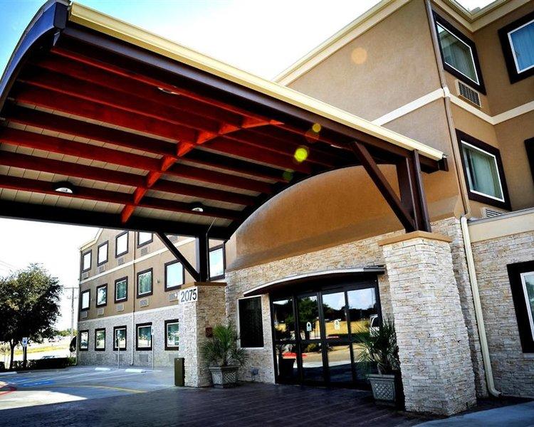 Best Western Plus Arlington North Hotel & Suites Wohnbeispiel