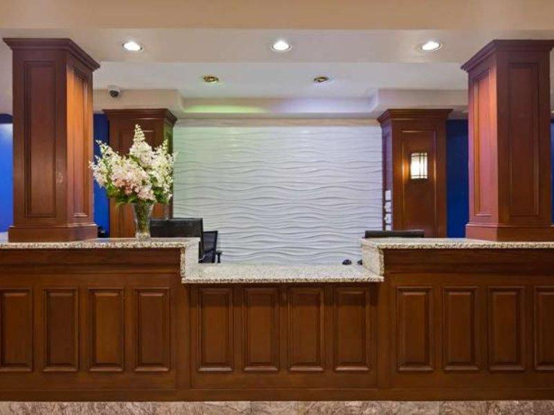 Best Western Plus Brunswick Bath Lounge/Empfang