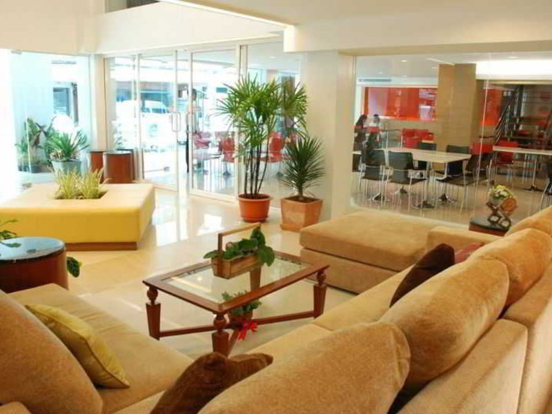 P2 Boutique Lounge/Empfang