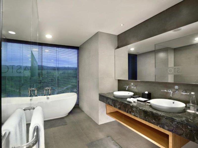 Aston Sentul Lake Resort & Conference Center Badezimmer